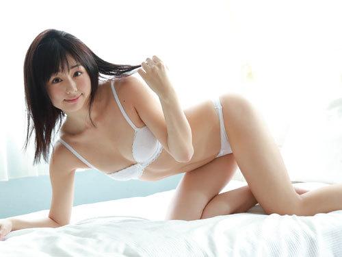 くりえみロリ系美少女の清純なおっぱいに興奮46