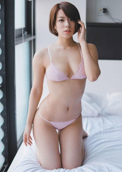 小瀬田麻由Fカップの美巨乳おっぱいに釘付け3