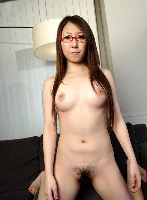 おっぱい丸出しのメガネが似合う女の子に萌え29