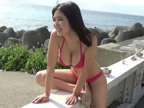 ミスマガ沢口愛華(17)の天下取りそうな新作ボイン part13