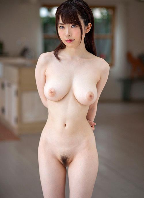 裸で魅せるお姉さんのオールヌード画像100枚
