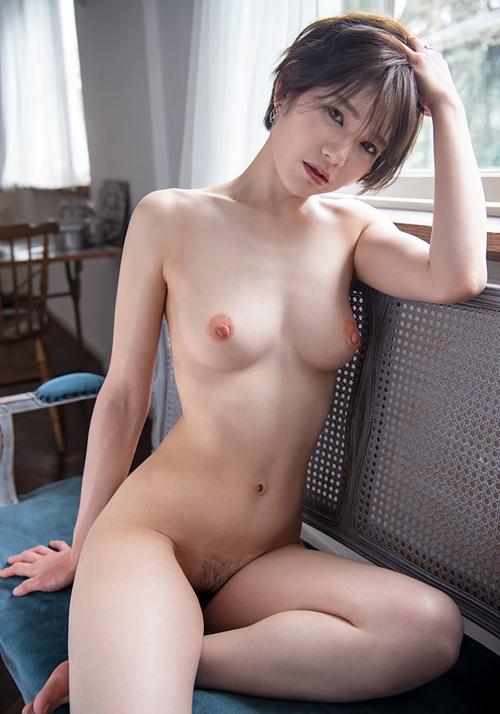 滝沢ライラ(たきざわらいら)AVデビュー!