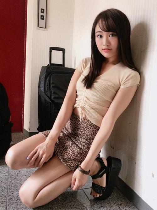 昔アイドルだった松田美子さん、スケベ汁垂らしてイキまくってしまう。