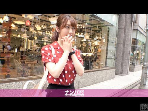 新宿でわざとハンカチを落として拾ってくれた優しい美少女をナンパ。21歳JDがホテルで渋々脱いでいく…