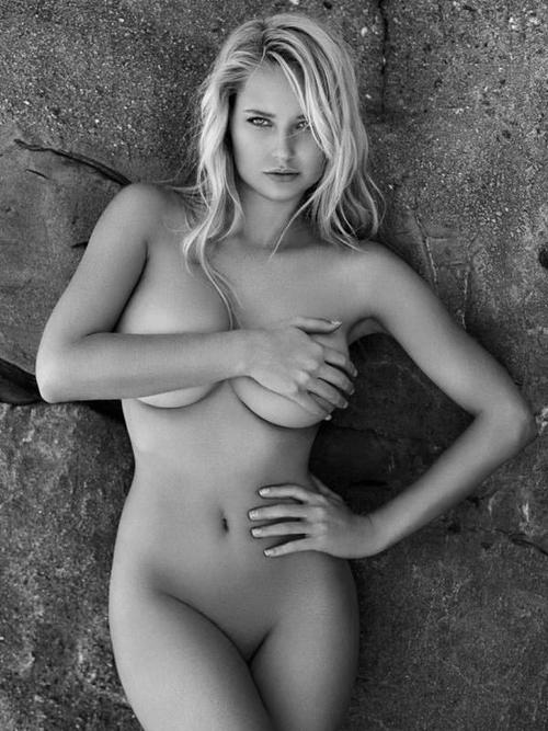 ただただ美しい外国人モデルのヌード 画像31枚