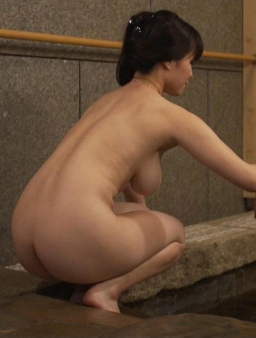 BS温泉番組で小田飛鳥がタオルなしの全裸入浴!こんな良い番組、始まったていたのかw