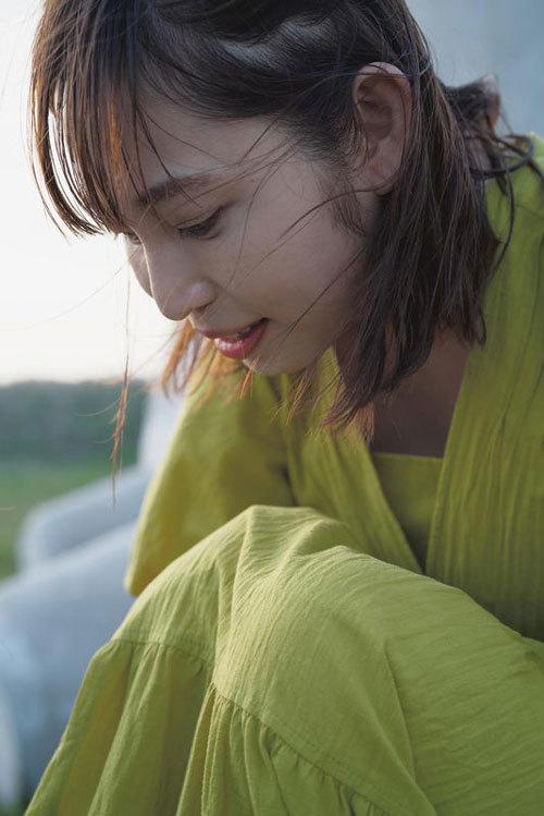 塩地美澄Gカップおっぱいを丸出しの女子アナ17