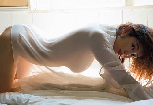 塩地美澄Gカップおっぱいを丸出しの女子アナ50