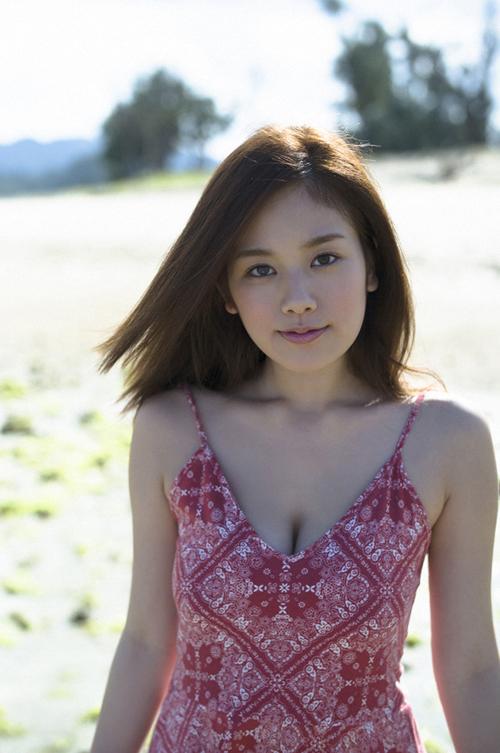 筧美和子がSNSにふっくらおなか状態を見せてファンは驚き!