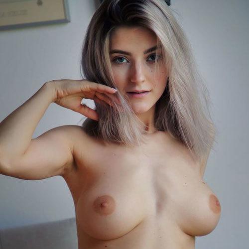 Eva Elfie 垂れ巨乳おっぱいの激カワモデルちゃんのパイパンマ○コエロ過ぎ