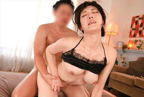 七瀬いおり 絶頂敏感セックス 激イキ初3Pピストン2