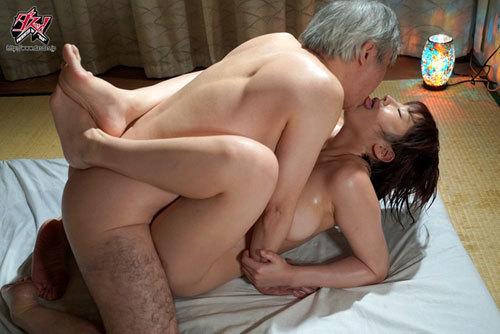 隣人に俺の彼女が寝取られて。「突然見せられた全裸のプライベート動画」 松本菜奈実7