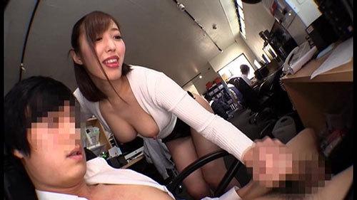 社員を誘惑する乳首ビンビンデカ尻上司はやっぱり淫乱なドスケベ痴女 水野朝陽7