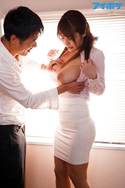 犯され輪姦され続けた爆乳女教師 益坂美亜3
