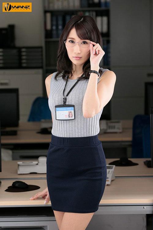 クールでエリート爆乳女上司が朝まで絶頂オーガズム 無能な部下の巨根で何度も膣奥突かれたJ部長 JULIA1