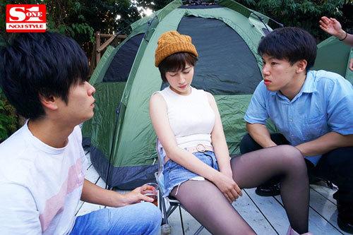 ネトラレテント ~旦那が肉を焼いている14分間にテントの中で寝取られ続ける巨乳妻~ 奥田咲2