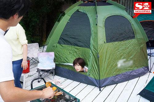 ネトラレテント ~旦那が肉を焼いている14分間にテントの中で寝取られ続ける巨乳妻~ 奥田咲3