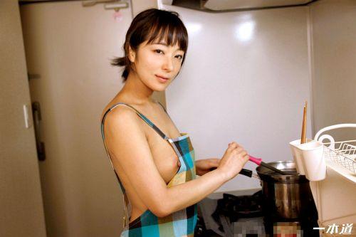 彩華ゆかり - 裸エプロンデリヘル家政婦 04