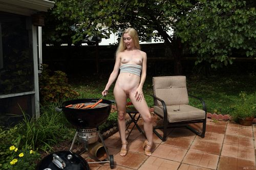 Emma Starletto - HOT OFF THE GRILL 08