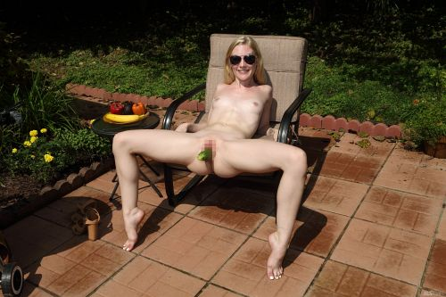 Emma Starletto - HOT OFF THE GRILL 19