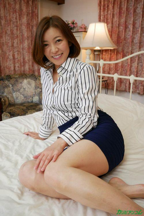 HITOMI - 理性がぶっ飛んだ美熟女の濃厚SEX 06