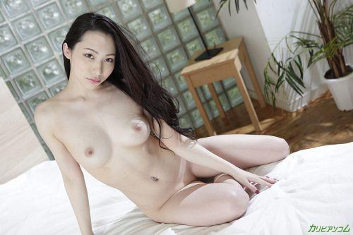 吉岡蓮美 - 女優の方から手当たり次第に襲いかかる中出しセックス 04