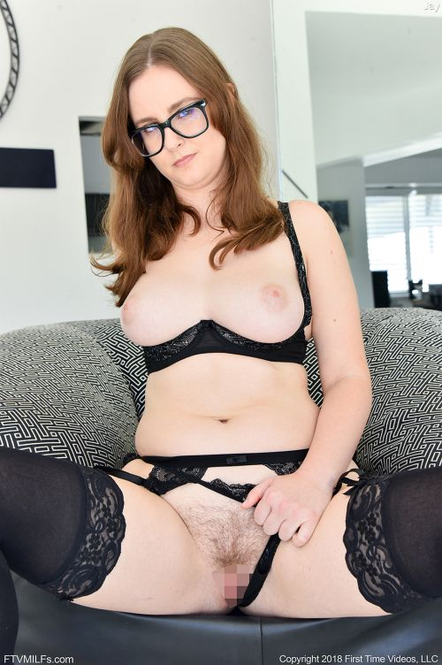 Jay - SULTRY LACY LINGERIE