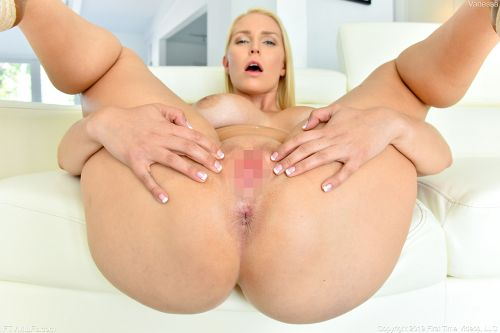 Vanessa - BLUE SHEER HOTNESS