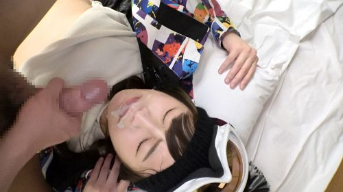 ゲレンデナンパ 01 雪山ではド素人!布団の上ではテクニシャン!スティック握るよりもチ〇ポ握るのが得意なスケベ美少女!! - もえ 21歳 歯科衛生の専門学生 23