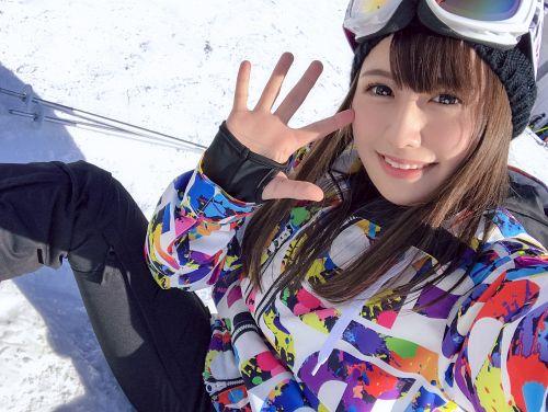 ゲレンデナンパ 01 雪山ではド素人!布団の上ではテクニシャン!スティック握るよりもチ〇ポ握るのが得意なスケベ美少女!! - もえ 21歳 歯科衛生の専門学生
