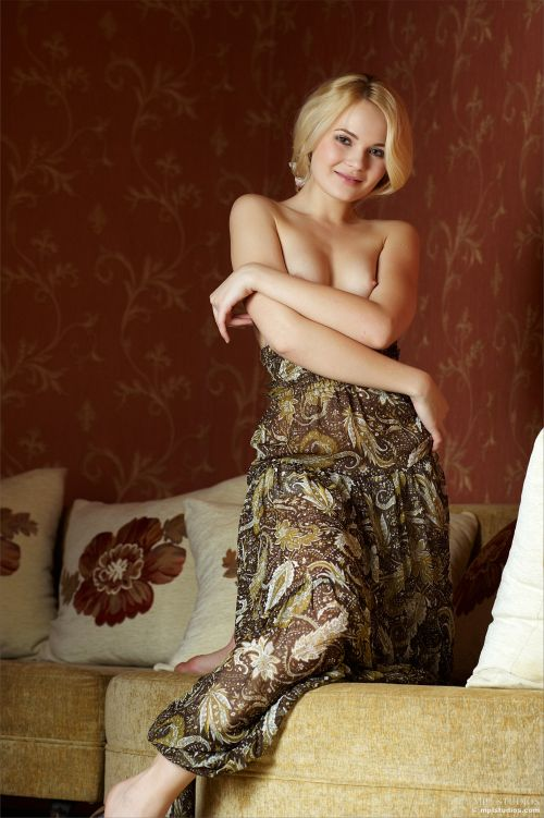 Talia - SWEETHEART 09