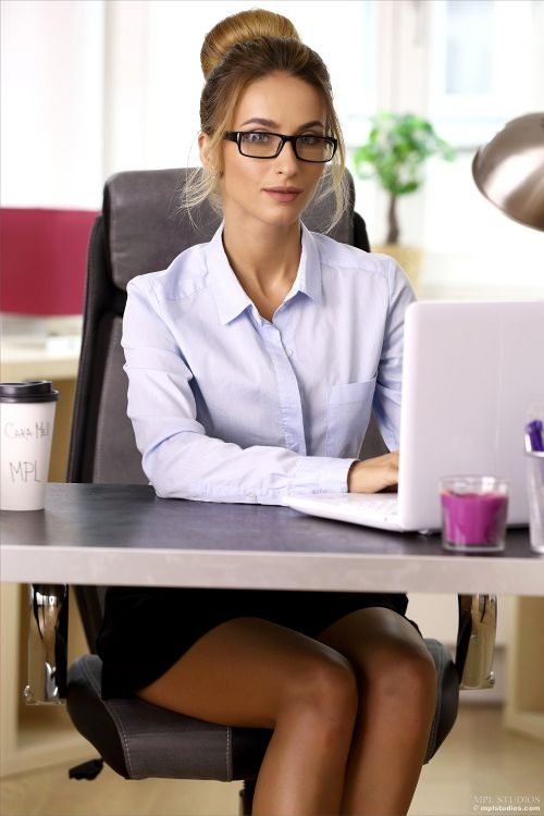Cara Mell - THE OFFICE GIRL 01