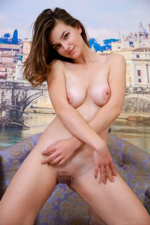 Sofia Vera - TARALA 16