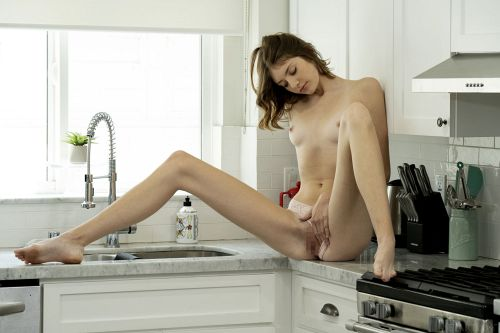 Lena Anderson - MYSTERY 12