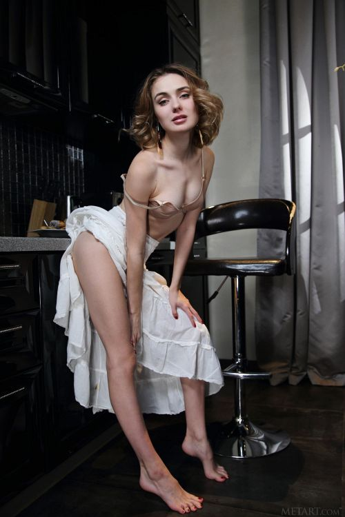 Alice Shea - CAFE 03