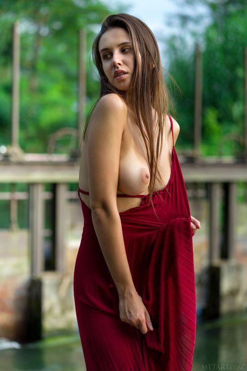 Alisa Amore - LA FEMME 04