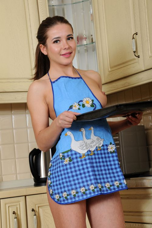 Lika Dolce - CUTE CHEF 06