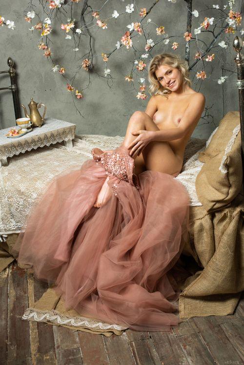 Leaya - PINK FANTASY 1 10