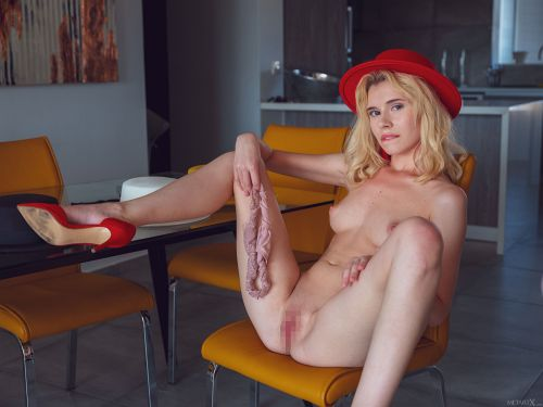 Angel Sway - RED HAT 1 16