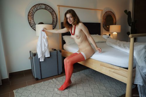 Sienna - LADY IN RED 11