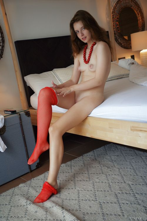 Sienna - LADY IN RED 19