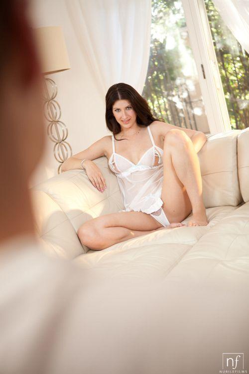Karina White - AMBER MORNING 01