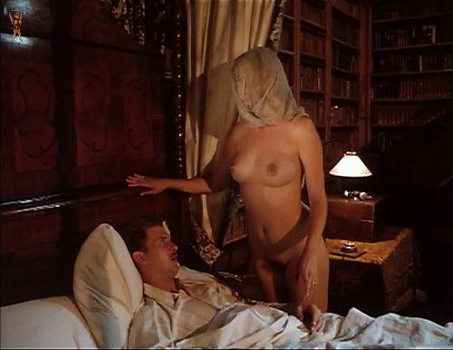 【お宝エロ画像】チャタレイ夫人の恋人(1995)で大胆に脱いでた美人女優ジョエリー・リチャードソン、熟女になってもアリなレベル 15