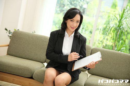 服部圭子 - 生保レディの肉体ご奉仕 01