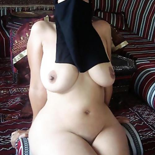驚いたことにアラブ女性は最強の『巨乳因子』持ってるらしい