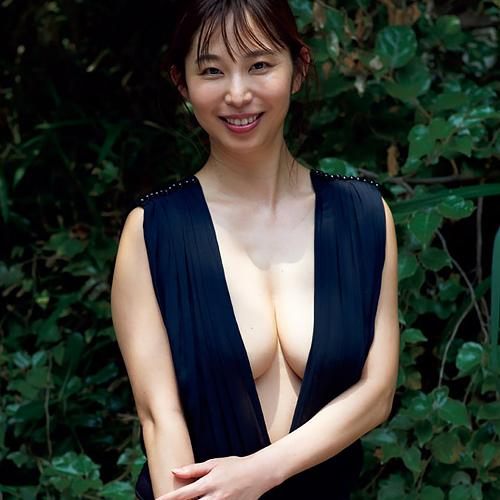 【セミヌード】塩地美澄アナ、本日発売の『週刊プレイボーイ』で最新の全裸グラビア披露wwwwwwwww