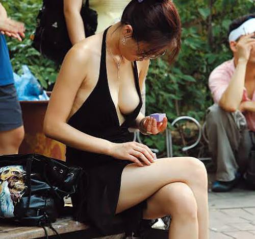 薄着してる素人女子のおっぱい画像wwwwwwwwwwwwwwww