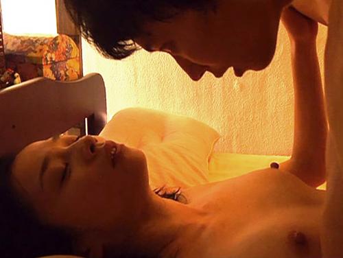坂井真紀ヌード画像まとめ!大胆濡れ場で乳首もヘアも晒したスレンダー女優を調査!