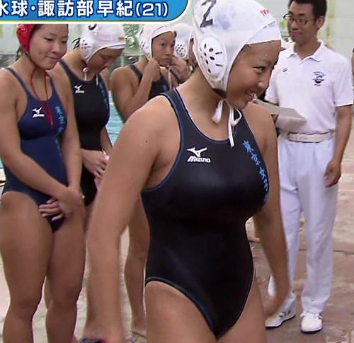【※放送事故】巨乳水球女子の水着が大変なことになってるwwwwwwwwww(※画像あり)