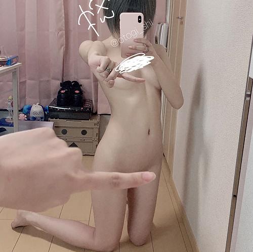 個人で撮影モデルとして活動してるエ□グラマー「御伽樒」さんの細身巨乳な完璧スタイルやべぇ!